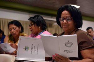 Volksaussprache über den Entwurf für eine neue Verfassung